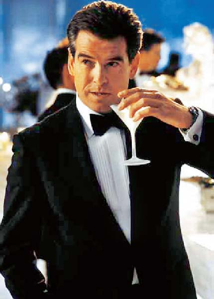 Martinis and james bond the martini whisperer for Cocktail 007 bond